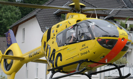 Schwer verletzte Holländerin in Unfallklinik geflogen