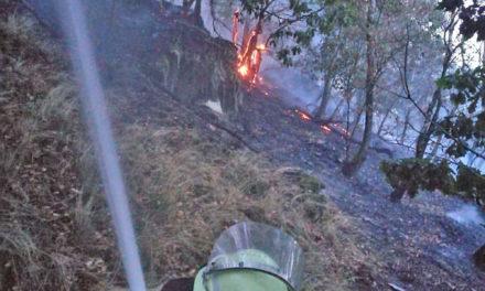 Waldbrand Altena: Balver Feuerwehr übernimmt heute Nachtwache