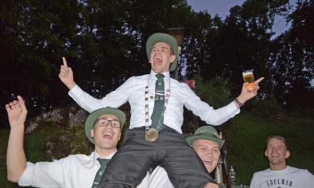 """Jungschützenkönig """"Charly"""" Daake sorgt für super Schützenfeststart"""
