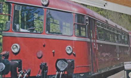 """""""30 Jahre Sauerland im Takt"""" – Eisenbahnfreunde feiern am 7. Oktober mit einem """"Stargast"""""""