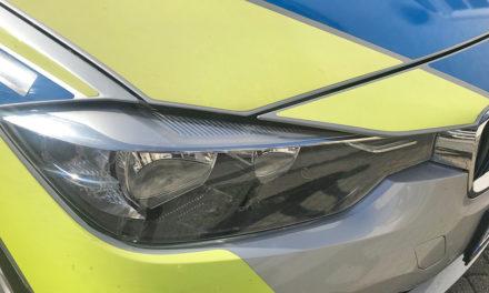 Ungewöhnlicher Fall: Polizei sucht beschädigtes Auto gesucht