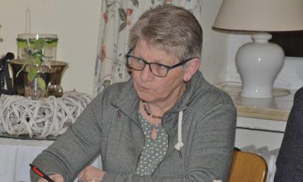 Rücktritt: Gundhild Busche lässt im Ortsausschuss Bombe platzen
