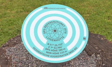 Der Kreis hübscht die Luisenhütte auf: GPS-Referenzpunkt eingerichtet