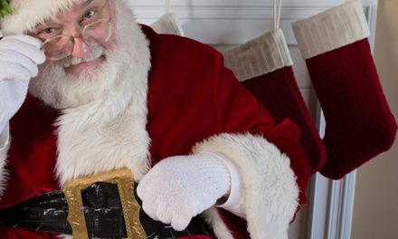 St. Nikolaus geht durch Beckum und besucht anschließend die Kinder