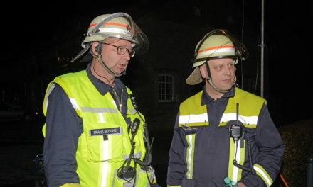 Orkanartiger Sturm zwingt Feuerwehr zu einem gefährlichen Einsatz