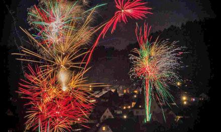 Die HÖNNE-ZEITUNG wünscht Guten Rutsch ins neue Jahr sowie alles Liebe und Gute