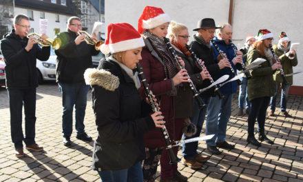 Amicitia international: Von Kanada zum Weihnachtsliederspielen in Garbeck
