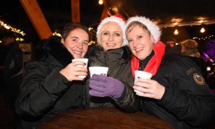 Großartige Stimmung: Bilderbogen vom Balver Weihnachtsmarkt am Samstagabend