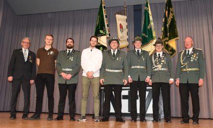 Bruderschaft Balve verleiht Jungschützen-Königen erstmals einen Königsorden