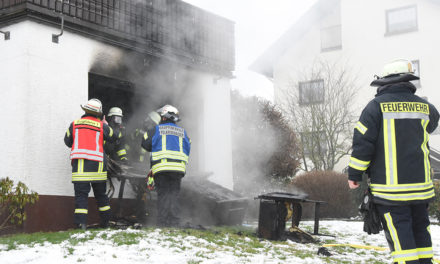 Beckum: Fahrlässige Brandstiftung – Brennende Kerze Ursache für Wohnungsbrand
