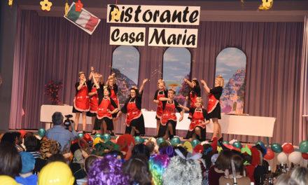 KFD-Karneval in Balve: Impressionen vom stimmungsvollen Auftakt in der Aula – Teil 2