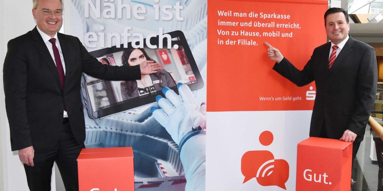 """Sparkasse überweist 800.730 Euro """"Bürgerdividende"""" an die Städte Balve und Neuenrade"""