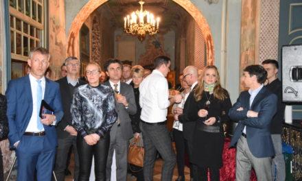 Impressionen vom Stelldichein der Reichen und Schönen im Schloss Wocklum – Teil 2