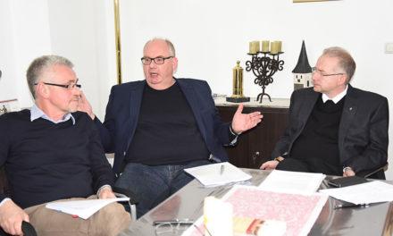St. Blasius Balve: Bis unter Haarspitzen frustrierter Kirchenvorstand will totale Konfrontation mit Paderborn verhindern