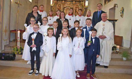Großer Tag für 16 junge Christen in Beckum und Eisborn