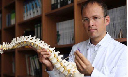"""Prof. Dr. Tobias Schulte: """"Gemeinsam gegen den Beinschmerz"""""""