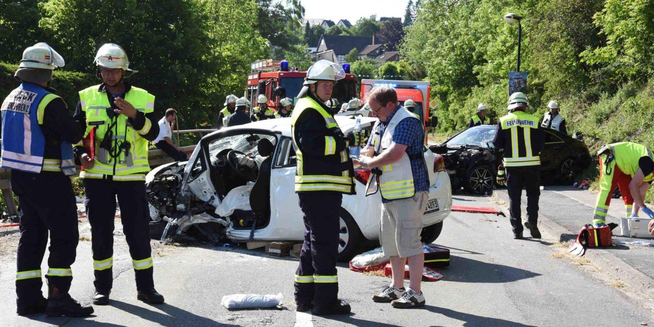 Horrorunfall in L.A.: Zwei schwer verletzte Frauen mit Hubschrauber in Kliniken geflogen