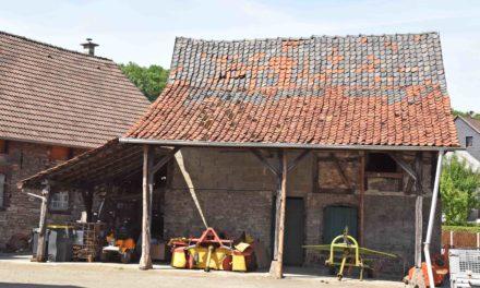 Beckumer Backhausspeicher: Dach und Fachwerk werden abgerissen