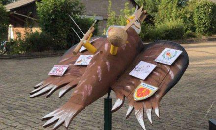 Suff Beckum tauft Schützenvogel auf den Namen Tommie VI.