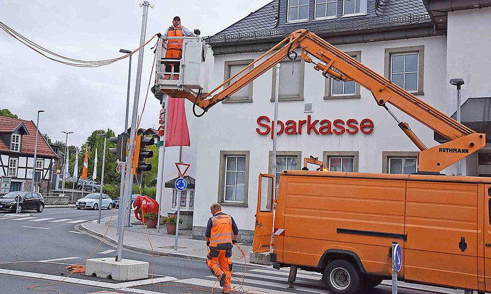 EILMELDUNG: Baustelle auf Hönnetalstraße stillgelegt – 11 Ampeln regeln Verkehr in der City