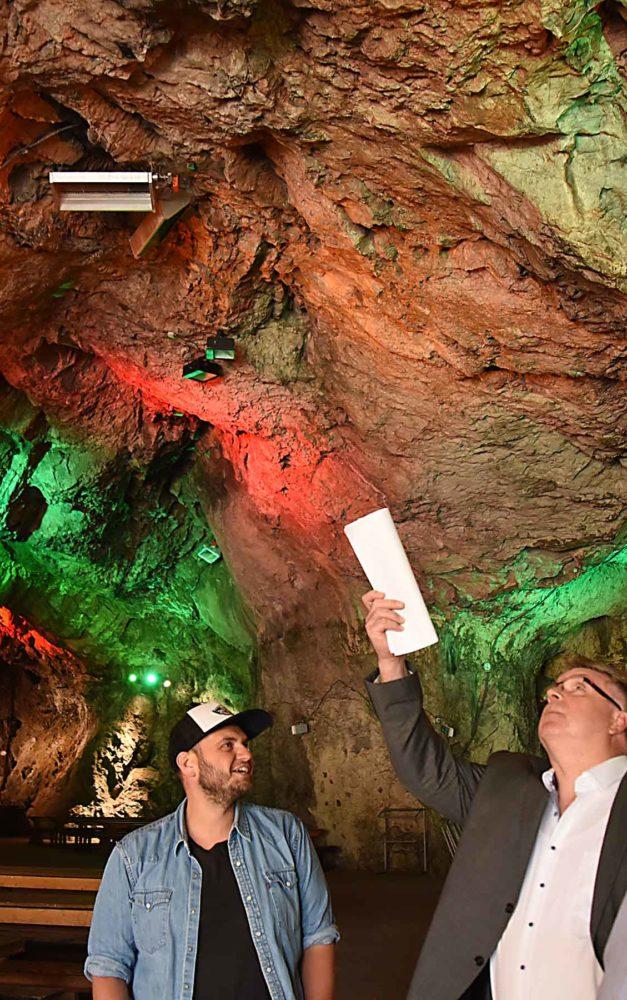 EILMELDUNG: 1LIVE Charts-Party am 31. Oktober in Balver Höhle