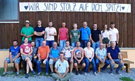 """WM-Bronze gewonnen – LSV Sauerland feiert """"Spitzi"""""""