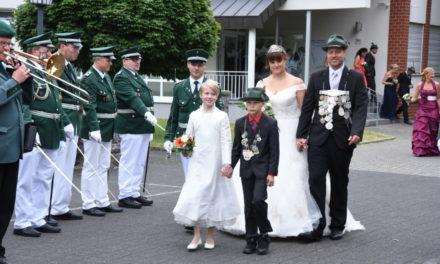 BILDERBOGEN vom Montags-Festzug in Garbeck – TEIL 1