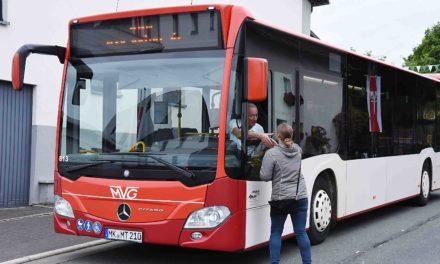 Montag droht Verkehrskollaps in Balve – Schützenfest-Bus kann Fahrplan nicht einhalten
