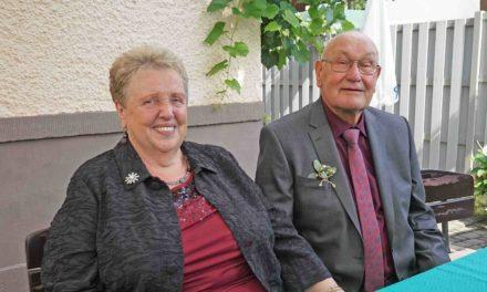 Martin und Irmgard König-Fabry feiern Goldene Hochzeit – Erzbischof Becker gratuliert