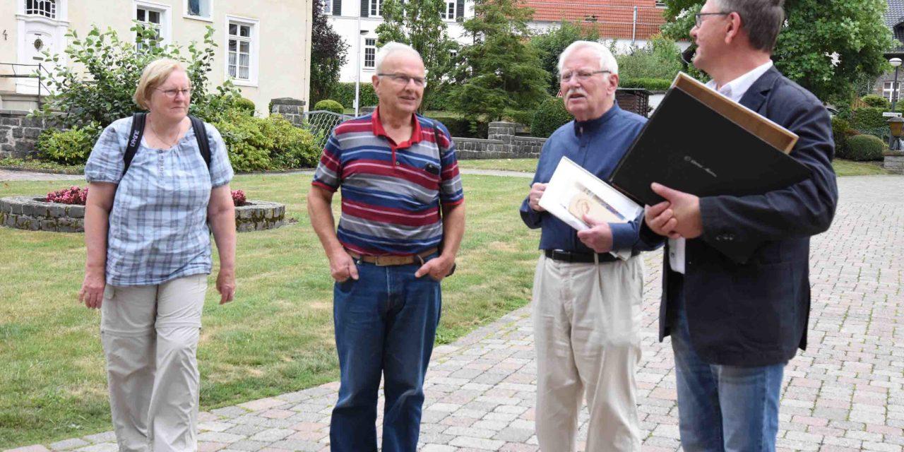 Nach 50 Jahren ist Schluss – Viel Lob für Stadtführer Werner Ahrens