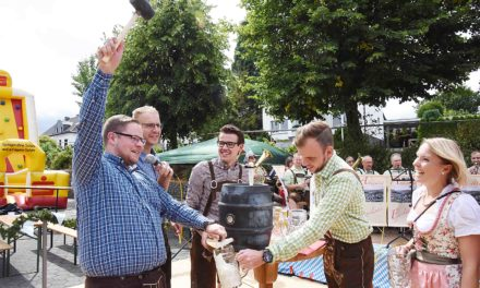 "Bundesschützenkönig Günzel: ""O´zapft is!"" – Garbecker Biergarten ist eröffnet"