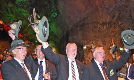 ABRECHNUNG: Bruderschaft Balve freut sich über satten Gewinn beim Schützenfest