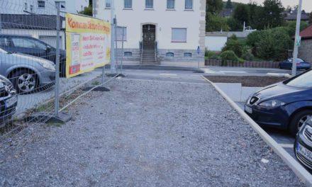 """100.000-Euro-Maßnahme: Behinderungen beim Bau vom """"Platz an der Hönne"""""""