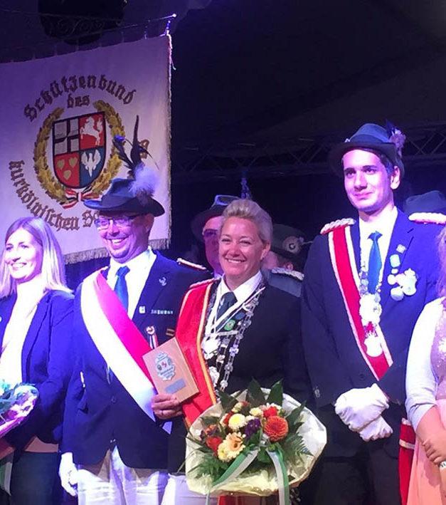 NRW-Ministerpräsident Laschet gratuliert Bundesschützenkönigin Kotewitsch
