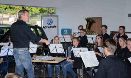 Heute Konzert im Autohaus Levermann