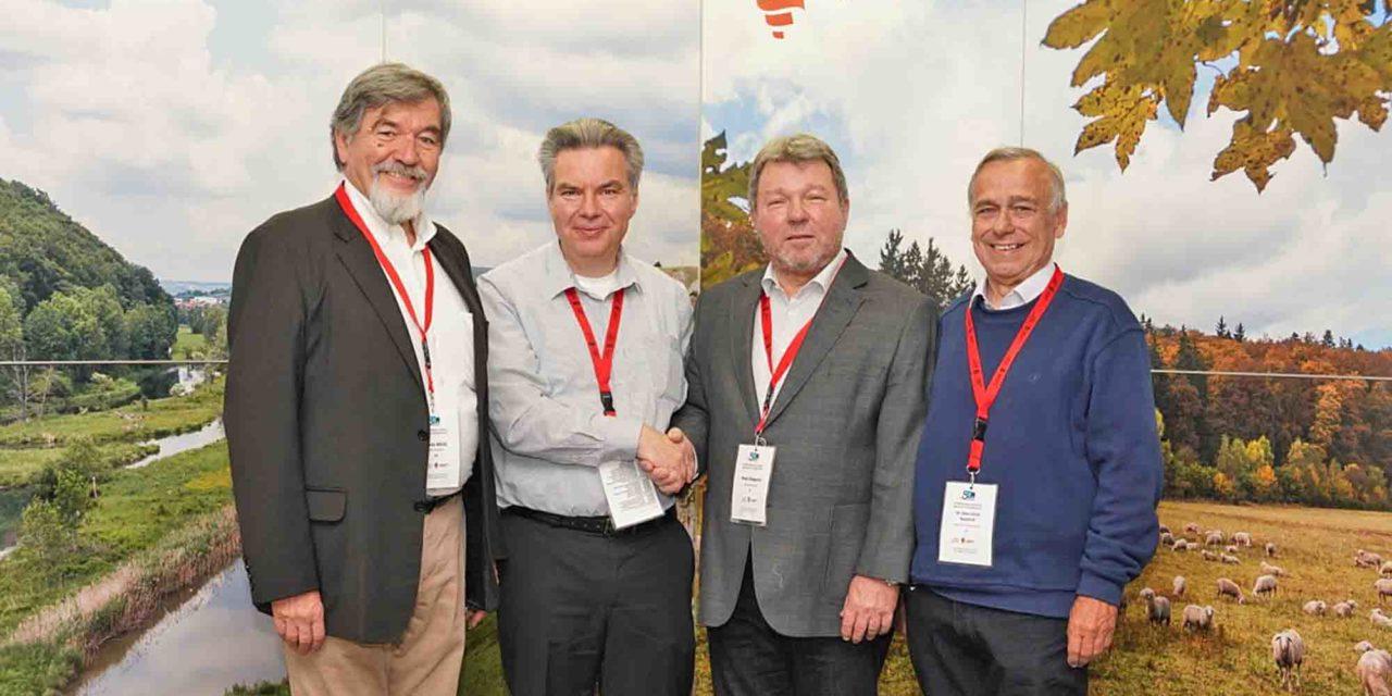 Aloys Steppuhn Ehrenpräsident der Europäischen Wandervereinigung EWV