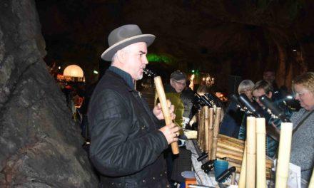 12. Balver Höhlenmarkt: Johnny Grant verzaubert Publikum mit beeindruckenden Klängen