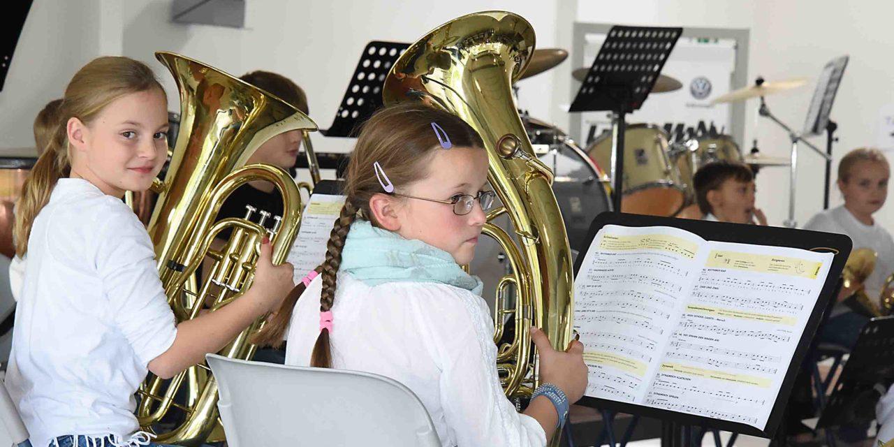 AUTOHAUS-HERBSTKONZERT – Jugend musiziert in bunten Bildern