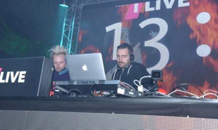 1Live-DJs Schäfer und Zeller bringen die Luft in Balver Höhle zum Vibrieren