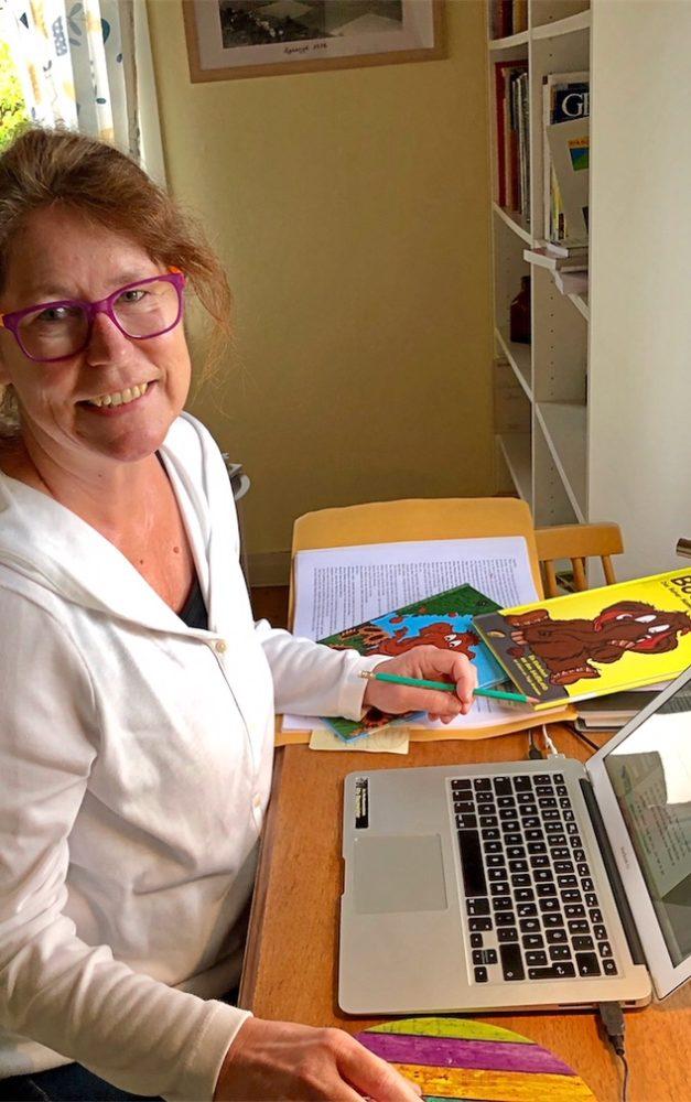 """Kinderspaß: Uta B. und Mammut """"Bodo"""" melden sich aus Schweden"""