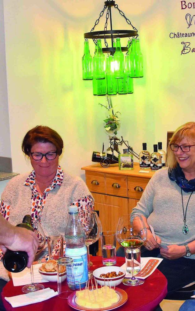 Weinhaus Schmitz lädt zur offenen Weinprobe ein
