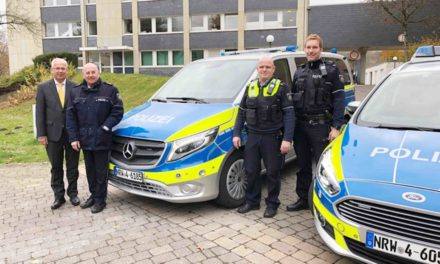 Freude über neue Streifenwagen – HSK-Polizei wird technisch modernisiert