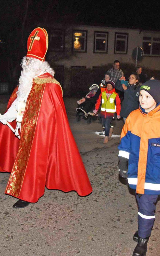 HEUTE ABEND: Digitaler Nikolaus zaubert Beckumer Kindern Lächeln auf die Lippen