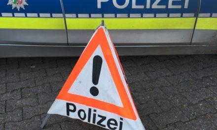 Crash im Hönnetal: Polizei sucht dreisten Unfallflüchtigen