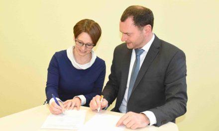 NEUENRADE: Volksbank und Hönnequell-Schule kooperieren noch intensiver