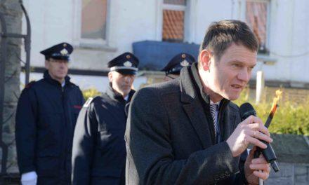 Bürgermeister Mühling verspricht Feuerwehr zwei neue Gerätehäuser