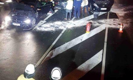 EILMELDUNG: Mendener verursacht unverschuldet schweren Unfall – Hubschrauber im Einsatz