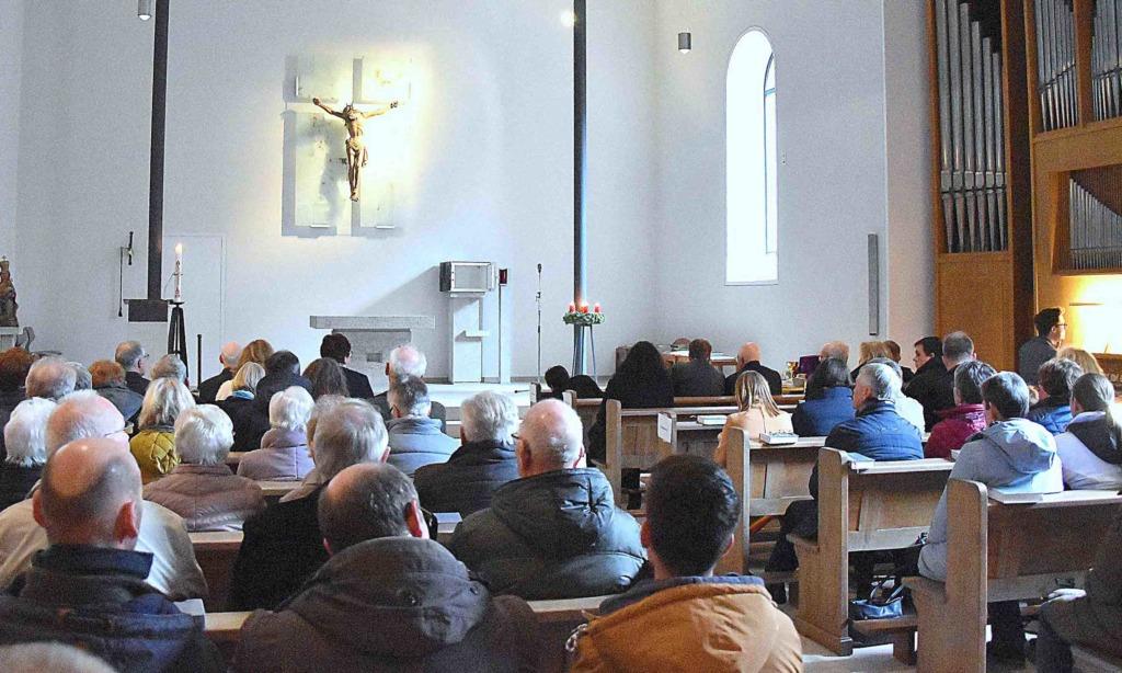 """Eisborner feiern erstmals Patronatsfest in ihrer """"neuen"""" Kirche"""
