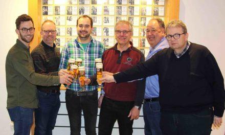 Warsteiner weiterhin am Hahn – Eisborner Schützen verlängern Vertrag