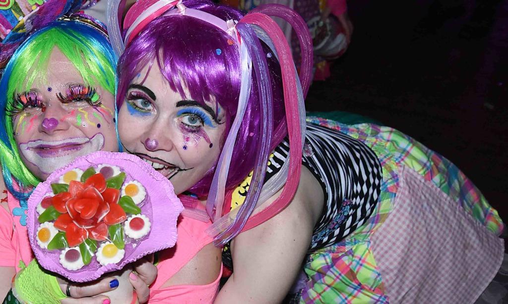IMPRESSIONEN von stimmungsvoller TVS-Karnevals-Fete – TEIL 1